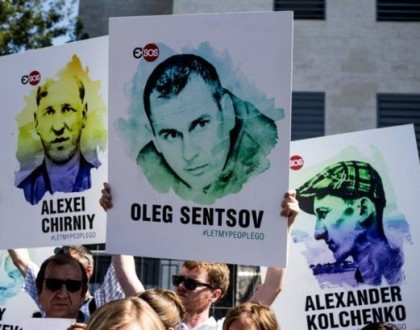 Dozens of cultural actors appeal to free Sentsov and all Ukrainian political prisoners in France
